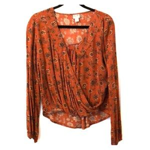 Tops - Floral twist front top